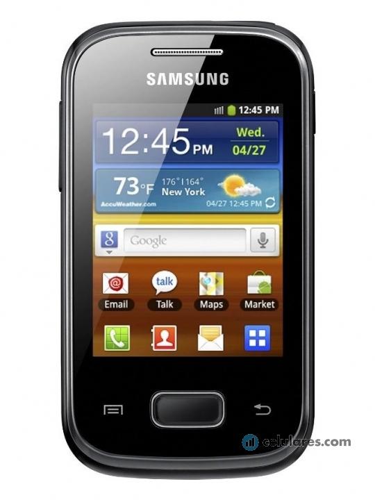 Fotografía grande Frontal del Samsung Galaxy Pocket Negro. En la pantalla se muestra Reloj
